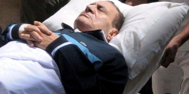 Hosni Mubarak, reanimado en dos ocasiones con un