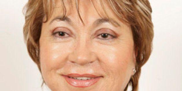 Luz Elena Sanín, senadora del PP, propone quitar el pasaporte a las marroquíes embarazadas cuando entren...