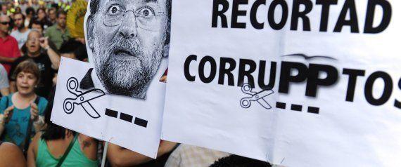 'Barbacoa de chorizos': Protestas en toda España ante las sedes del