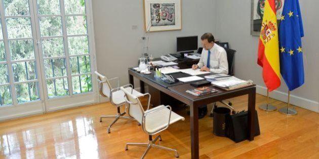 Rajoy vuelve a su despacho de Moncloa y prepara el próximo Consejo de