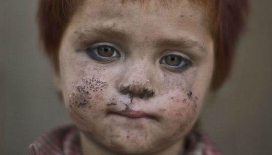 15 retratos sobrecogedores de niños afganos refugiados