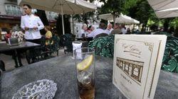 Los restaurantes pueden cobrar por la jarra de agua y los