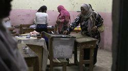 La junta militar de Egipto aprueba limitar el poder del nuevo