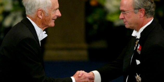 Fallece el Premio Nobel William Knowles, que contribuyó a tratar el