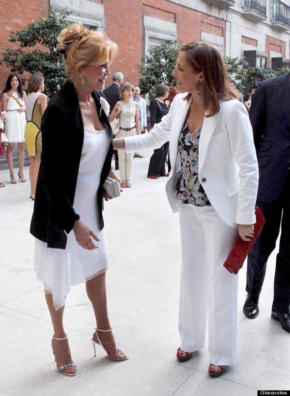 Elvira Fernández, Viri: la mujer de Rajoy reaparece de blanco