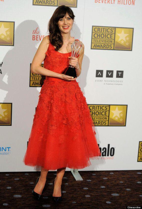 Zooey Deschanel: uñas con pajaritas en los premios de la crítica (otra