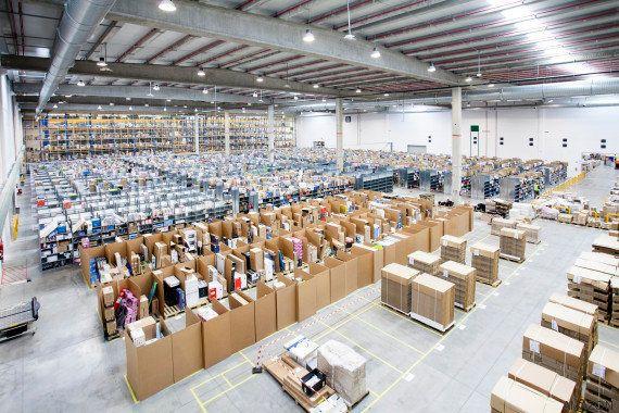 Lo que pasa cuando haces clic: Amazon permite visitar su centro logístico en