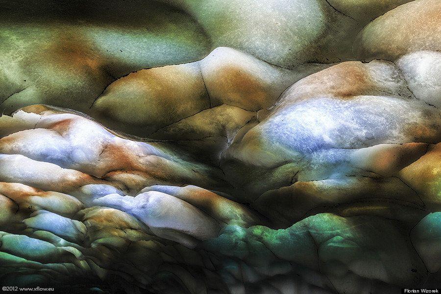 La irreal cueva del volcán Mutnovsky