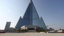 Desvelado el interior del misterioso hotel 'fantasma' Ryugyong en Corea del Norte