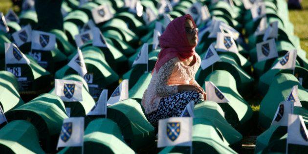 Bosnia conmemora el vigésimo aniversario de la tragedia de