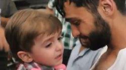 VÍDEO: El reencuentro de un padre con el hijo que daba por muerto durante los ataques