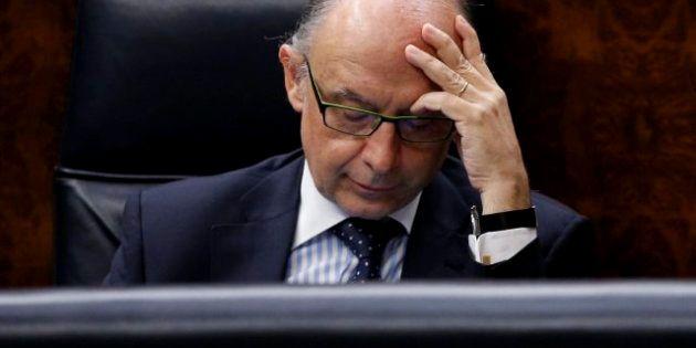 El Gobierno central roza en cinco meses el tope de déficit para todo