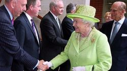 Histórico encuentro entre Isabel II y el ex miembro del IRA Martin