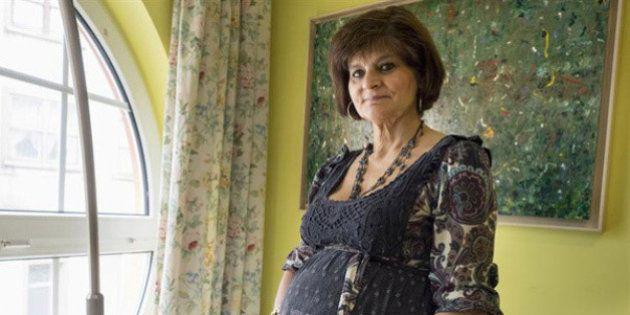 Ya ha sido madre la mujer embarazada con 62