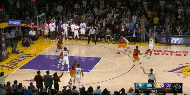 Y después de anunciar su retirada Kobe Bryant hace
