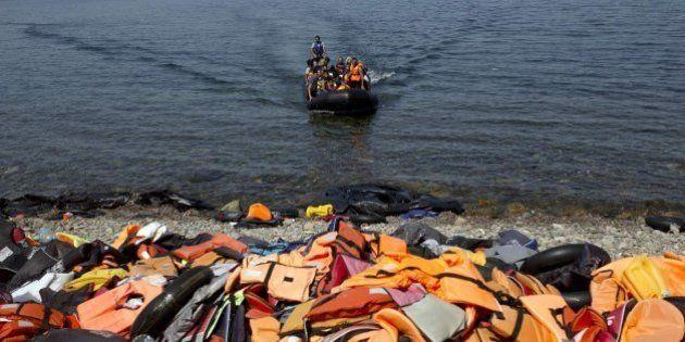 Un millón de refugiados y migrantes se han jugado la vida en el mar en