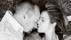 La foto de una madre dando el pecho que todo padre debería