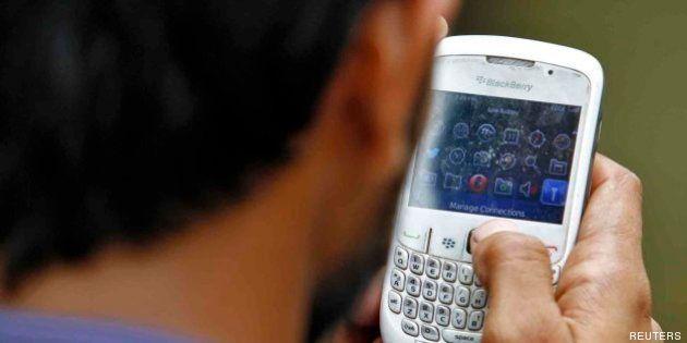 Usar internet en el móvil en otro país de la UE costará la mitad desde el