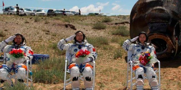 Regreso de la nave Shenzhou tras hacer historia para China como potencia