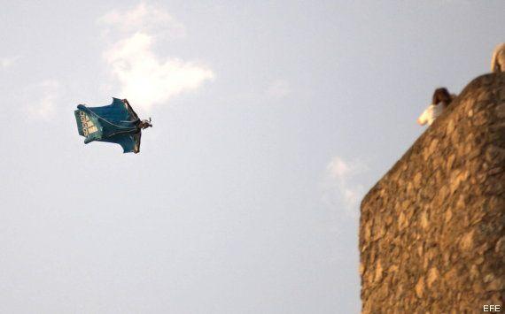 Muerte de Darío Barrio: El cocinero fallece durante una exhibición de paracaidismo en