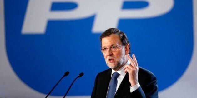 Rajoy asegura que Podemos no logrará el poder dibujando