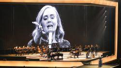 El guiño de Adele a Barcelona en su primer concierto en la ciudad