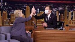 Jimmy Fallon le hizo esta broma a Hillary Clinton sobre su enfermedad