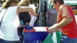 El SAT expropia de un Carrefour de Sevilla varios carros con de material escolar para