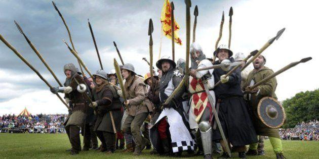 Escoceses e ingleses reviven la batalla de Bannockburn a tres meses del