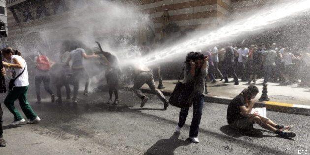 Detenidos un millar de manifestantes en una nueva jornada de protestas en