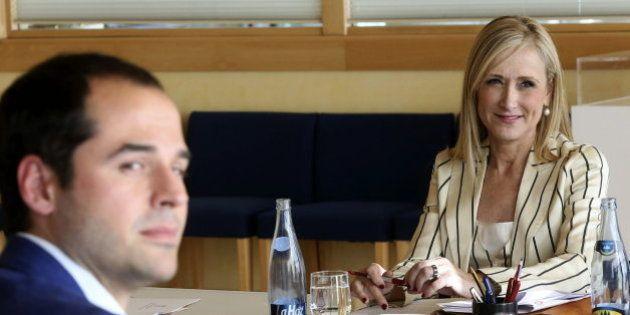 Cristina Cifuentes presidirá la Comunidad de Madrid tras llegar a un acuerdo con