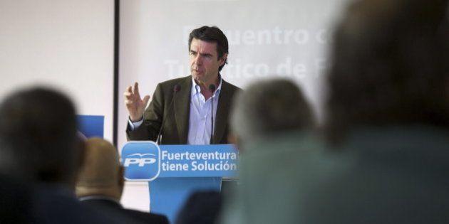 Soria afirma que el Gobierno trabaja sobre la línea de subastas mensuales para fijar la tarifa de la