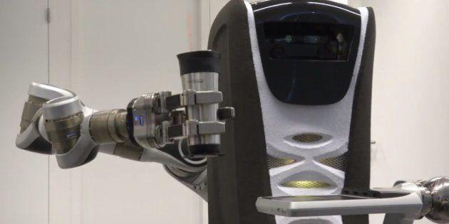 Estos 6 robots nos bañarán y nos darán de comer cuando seamos ancianos