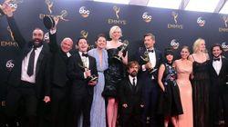 'Juego de Tronos' y 'Veep' repiten como mejor drama y comedia en los premios