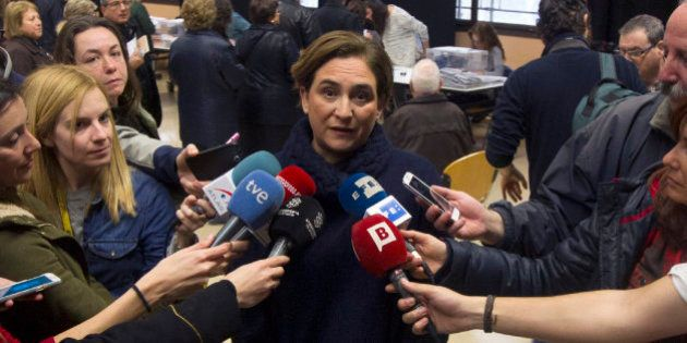 Ada Colau tiene 4.239 euros en el banco y ninguna propiedad a su