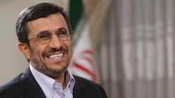 Ahmadineyad, ileso tras un aterrizaje de