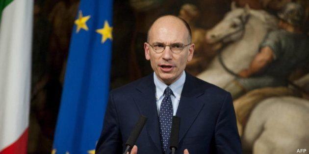 El primer ministro italiano se disculpa con los jóvenes