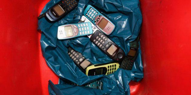Basura electrónica: ¿dónde acaban los móviles y ordenadores que