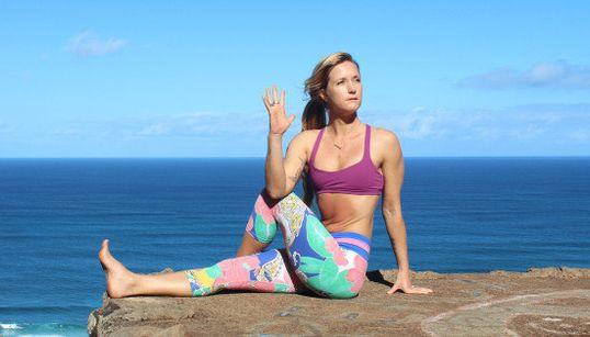 11 posturas básicas de yoga que creías que hacías