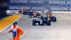 La temeraria maniobra de un comisario en Singapur que casi acaba en