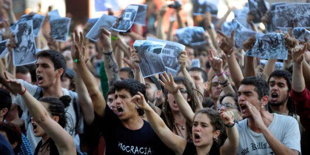 La Audiencia suspende la entrada en prisión de los condenados por el asedio al