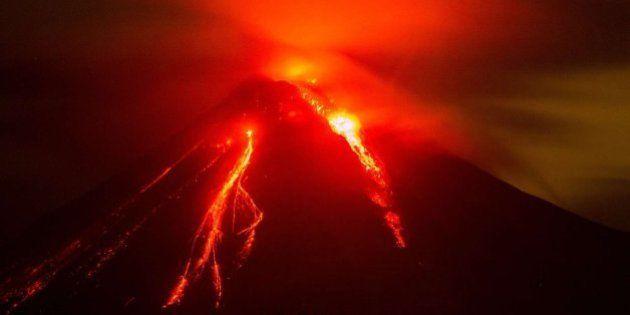 Mira las espectaculares fotos de la erupción del volcán