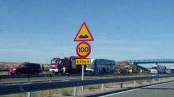 Al menos un muerto y siete heridos graves en accidente del autobús de