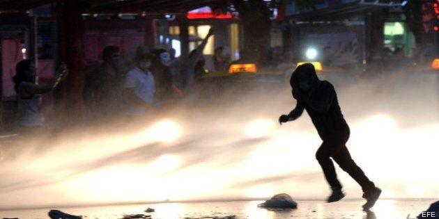 Erdogan no retrocederá en su plan urbanístico en Estambul y llama