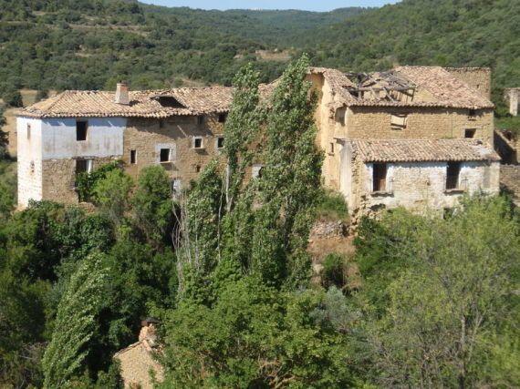 La resurrección de pueblos abandonados: así se repueblan algunas aldeas olvidadas