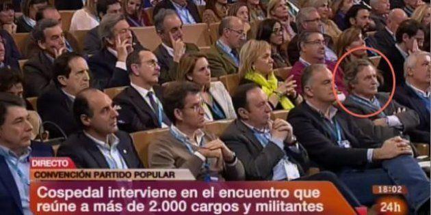 El marido de Cospedal, en primera fila de la Convención del PP tras las acusaciones de