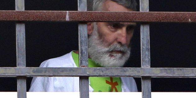 El etarra Josu Uribetxeberria abandona la huelga de