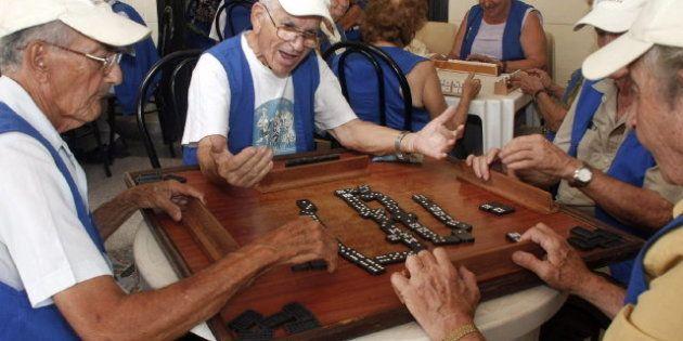 Los expertos aprueban el informe que propone bajar las pensiones: 10 votos a favor y uno en