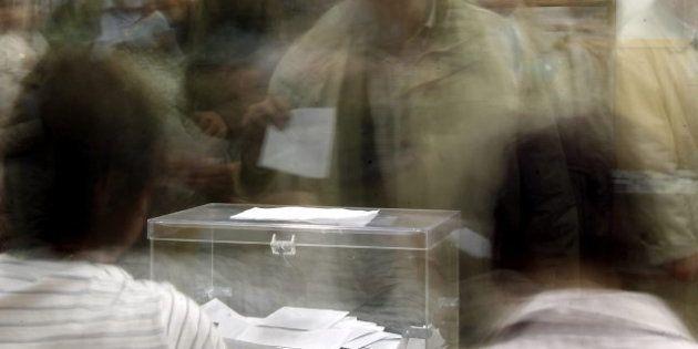 Los españoles, más indecisos ante las elecciones que hace cuatro