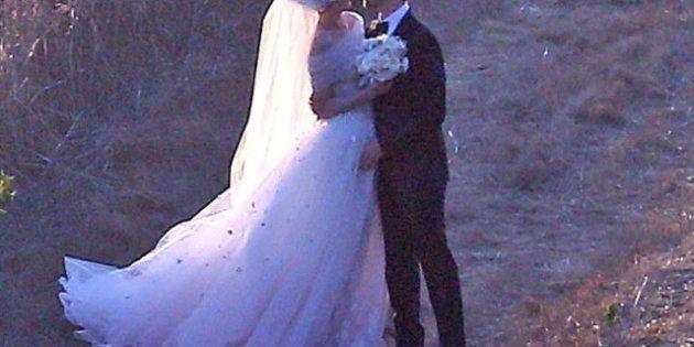 Boda de Anne Hathaway: vestido de boda de Valentino para casarse con Adan Shulman